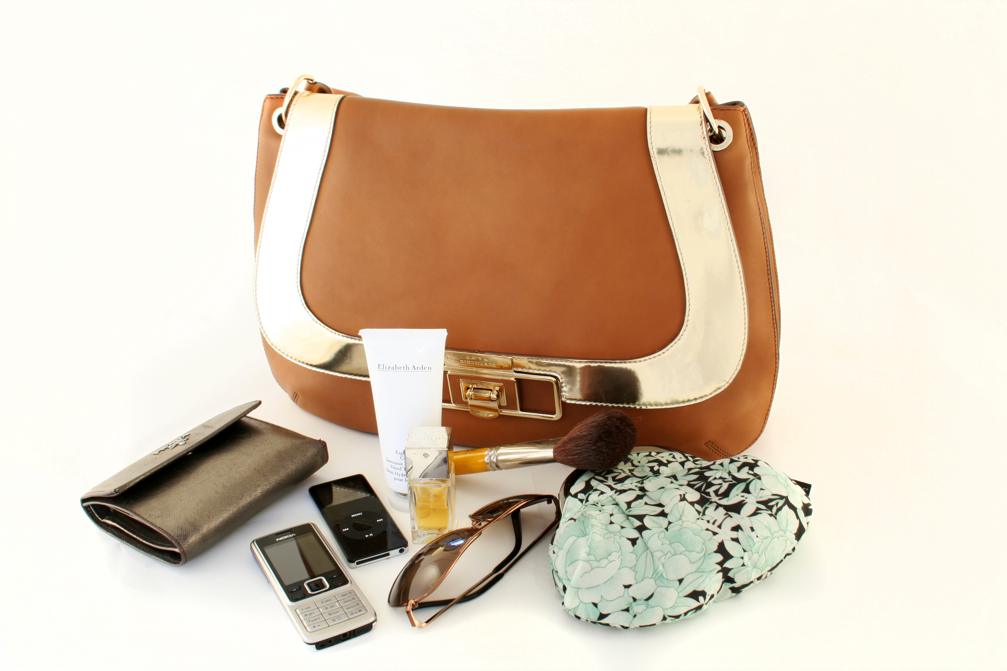 What do the contents of your handbag say about you?