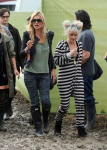 kate-moss-glastonbury-2011